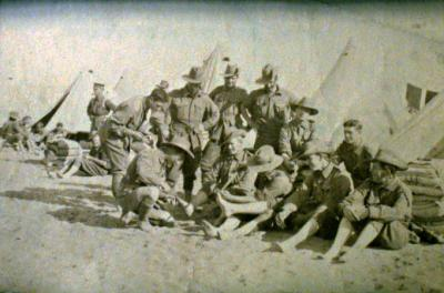 Australian soldiers of the 5th Battalion at Mena Camp Egypt, having feet inspection [picture].