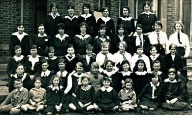 Kilbreda students, c1915 [picture].