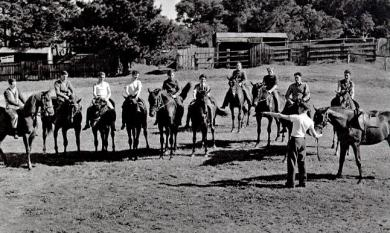 Riding class taken by Bob Hoysted at his father's stables Mentone [picture].