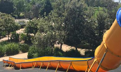 Big yellow slide Bicentennial park [picture].