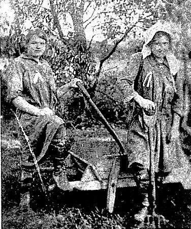 Rica Kirby and Connie Gardiner working on the Womens' Farm at Mordialloc [picture].